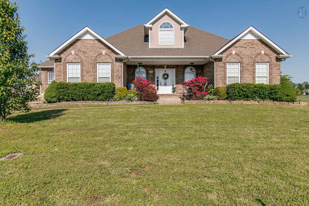 4538 Crossroads Dr, Clarksville, TN 37040