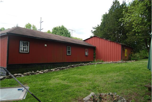 Photo of 295 Carter Ln  Castalian Springs  TN