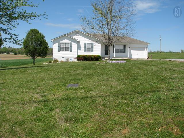 374 Howell Hill Rd, Kelso, TN 37348