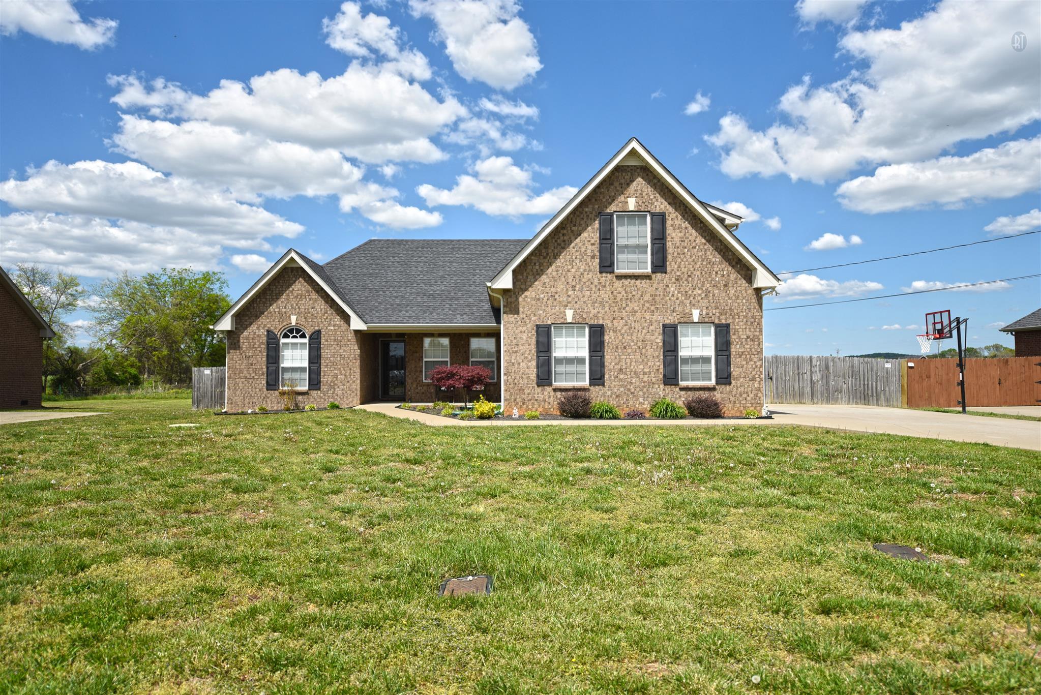 4849 Binder Ln, Murfreesboro, TN 37127