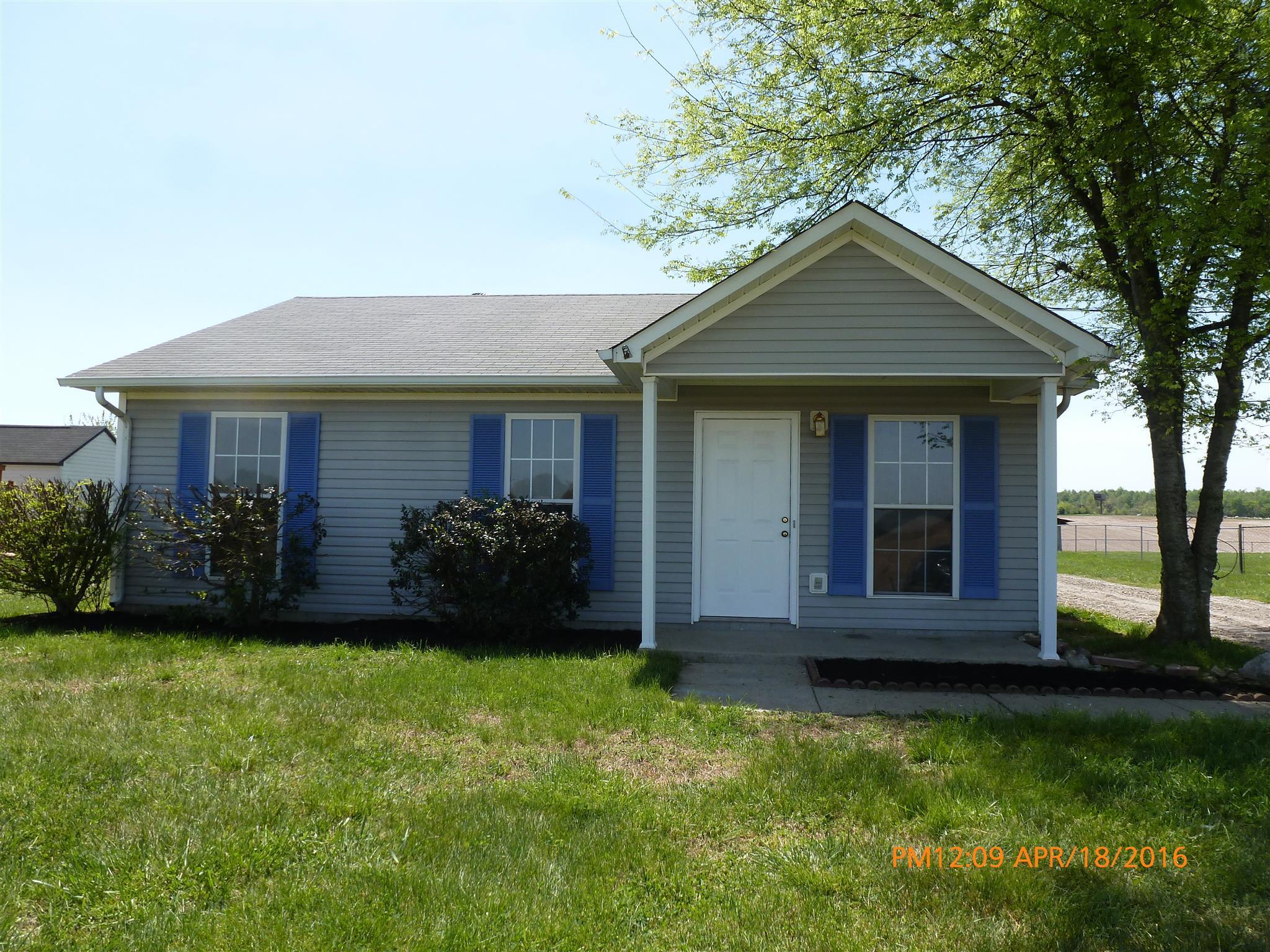 165 Bumpus Mill Rd, Oak Grove, KY 42262