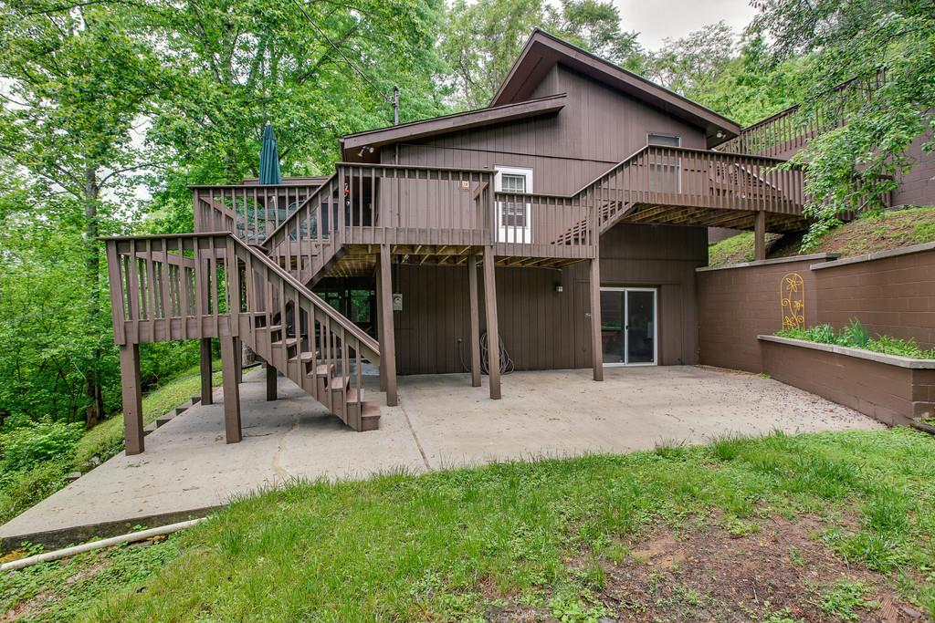 573 Floating Mill Village Rd, Silver Point, TN 38582