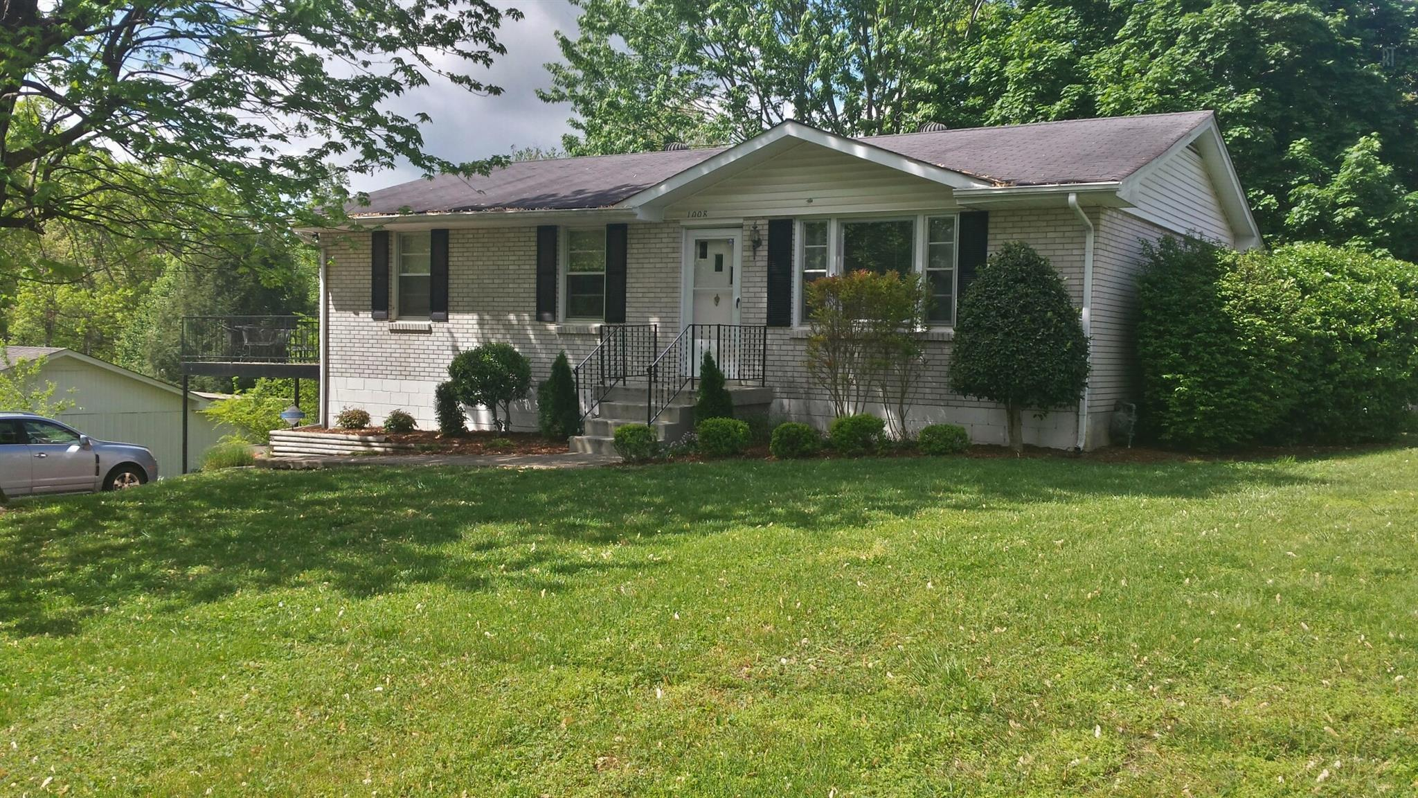 1008 Mayes Dr, Greenbrier, TN 37073