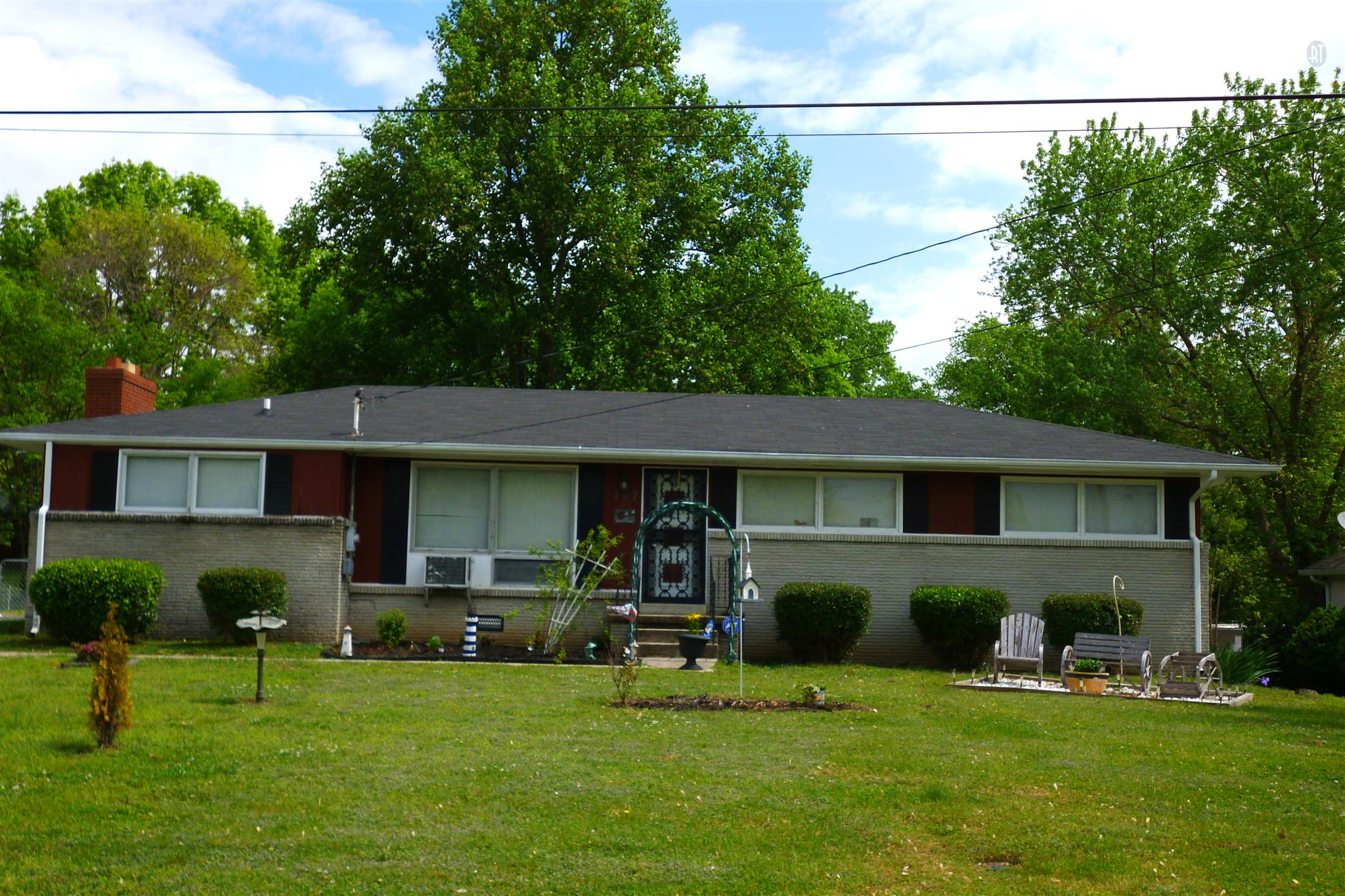 107 Horseshoe Dr, Shelbyville, TN 37160