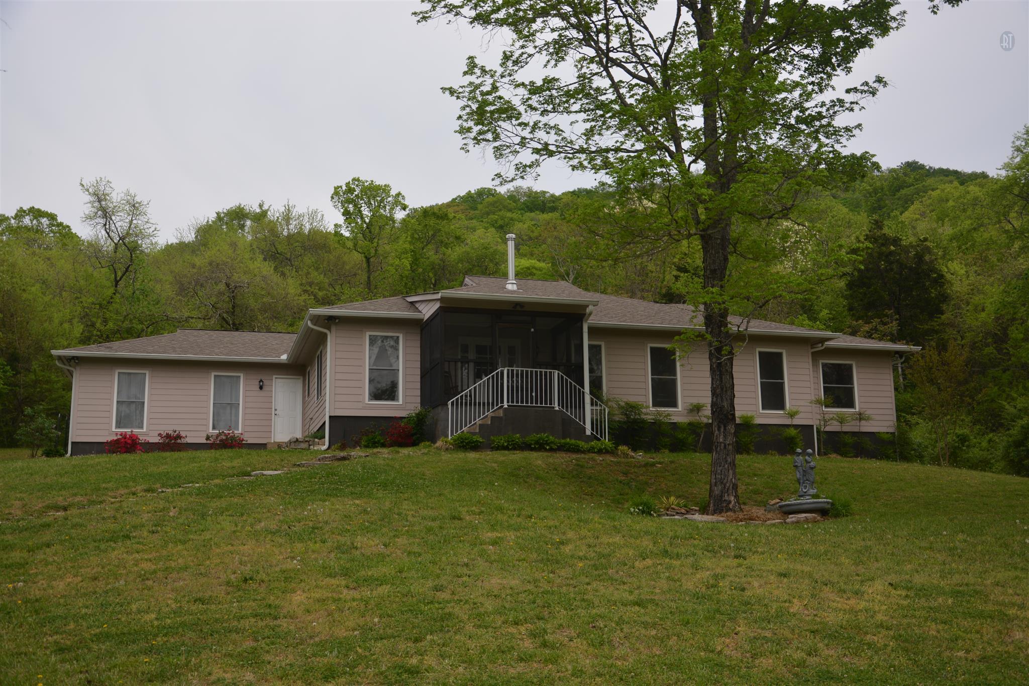 10678 N Milton Rd, Milton, TN 37118