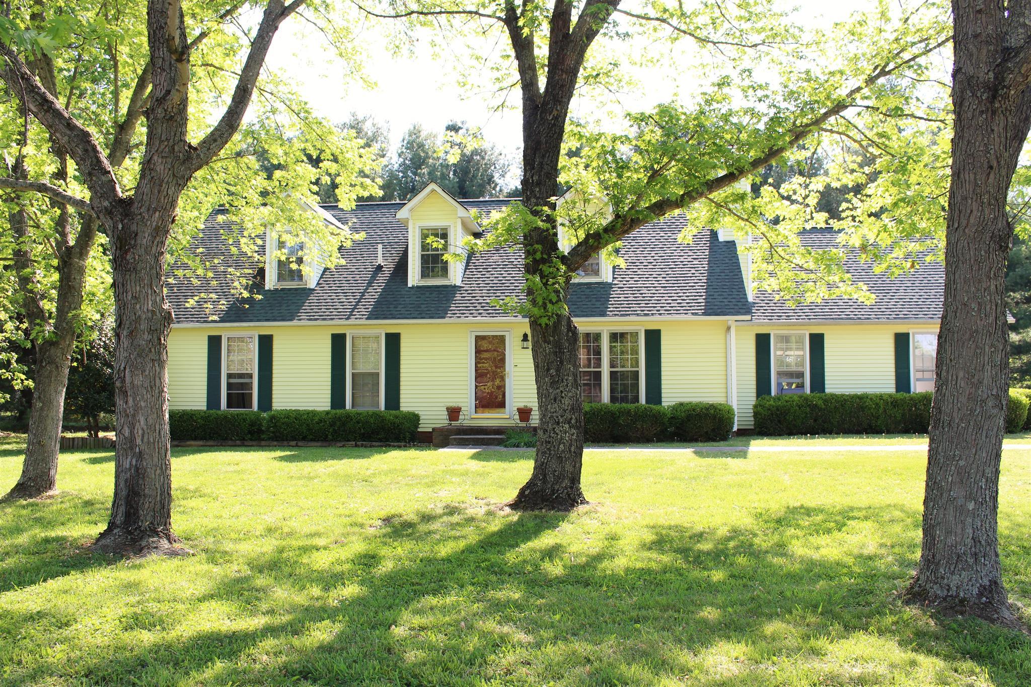 1825 Fox Camp Ct, Murfreesboro, TN 37127