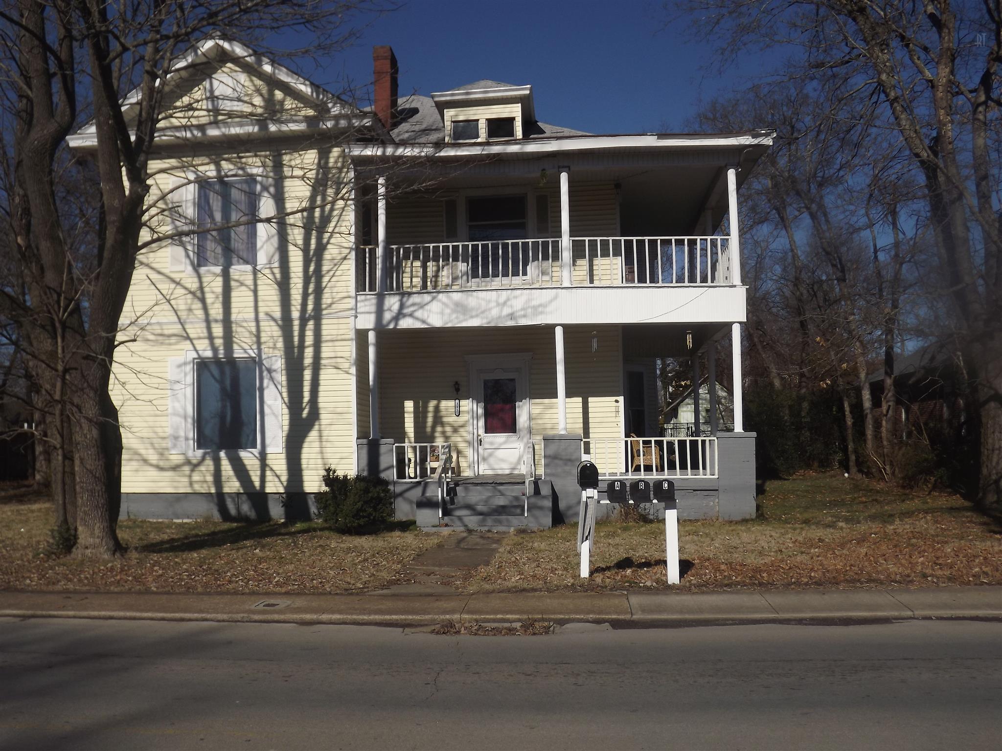 315 E Lane St, Shelbyville, TN 37160