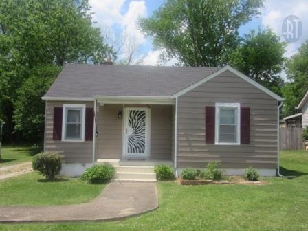 2130 Denham Ave, Columbia, TN 38401