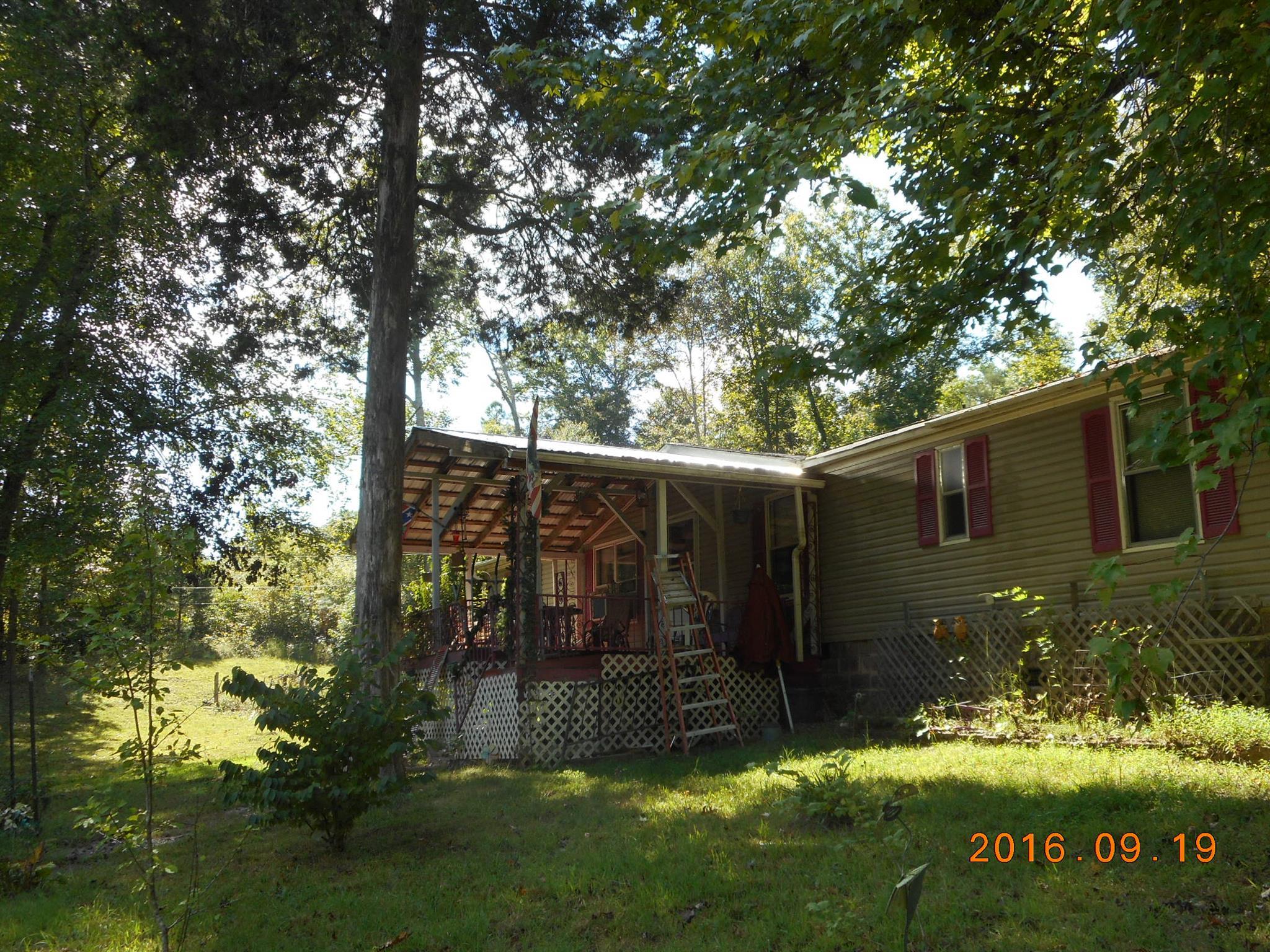 185 Casey Ln, Waynesboro, TN 38485
