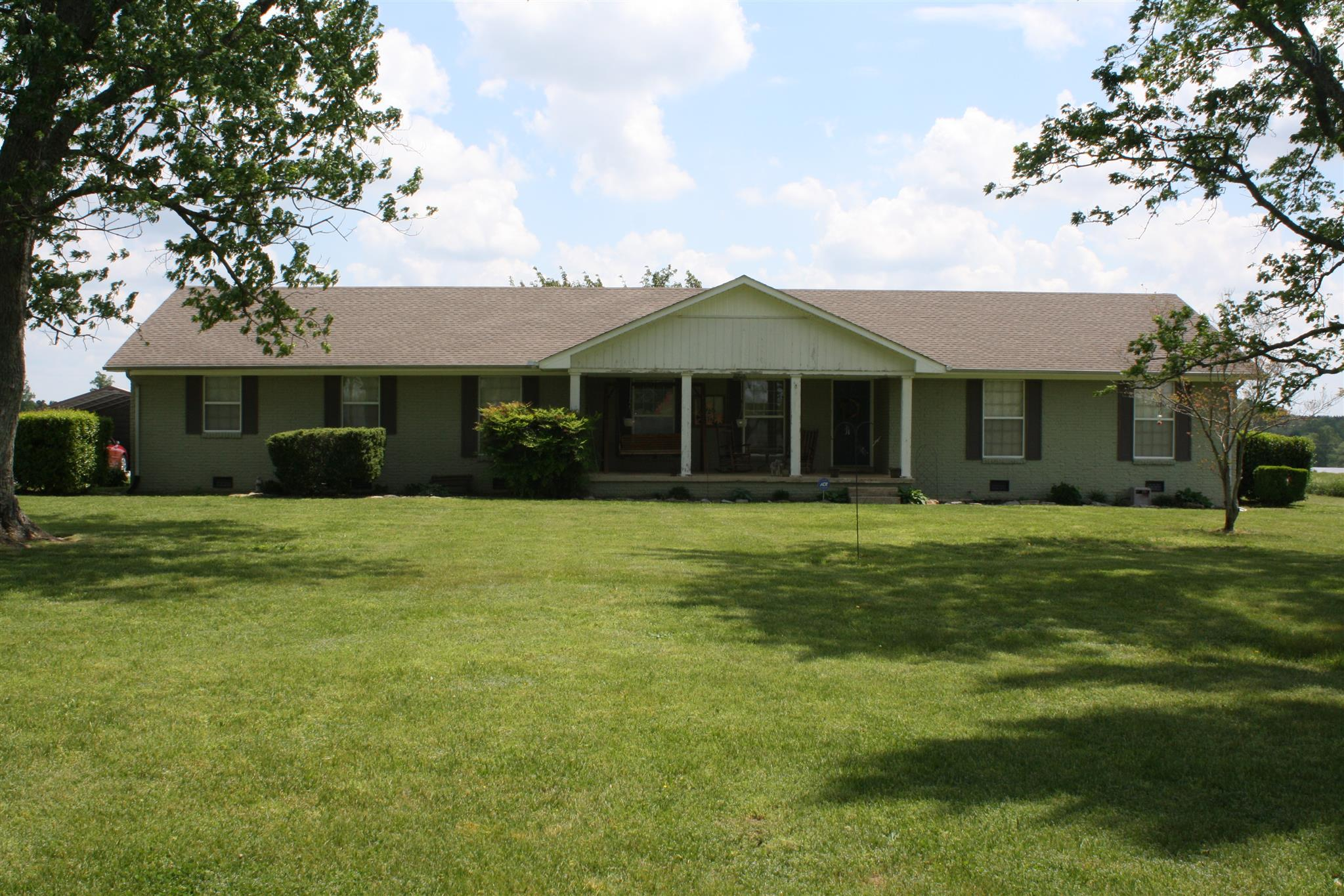 244 Old Jackson Hwy, Loretto, TN 38469