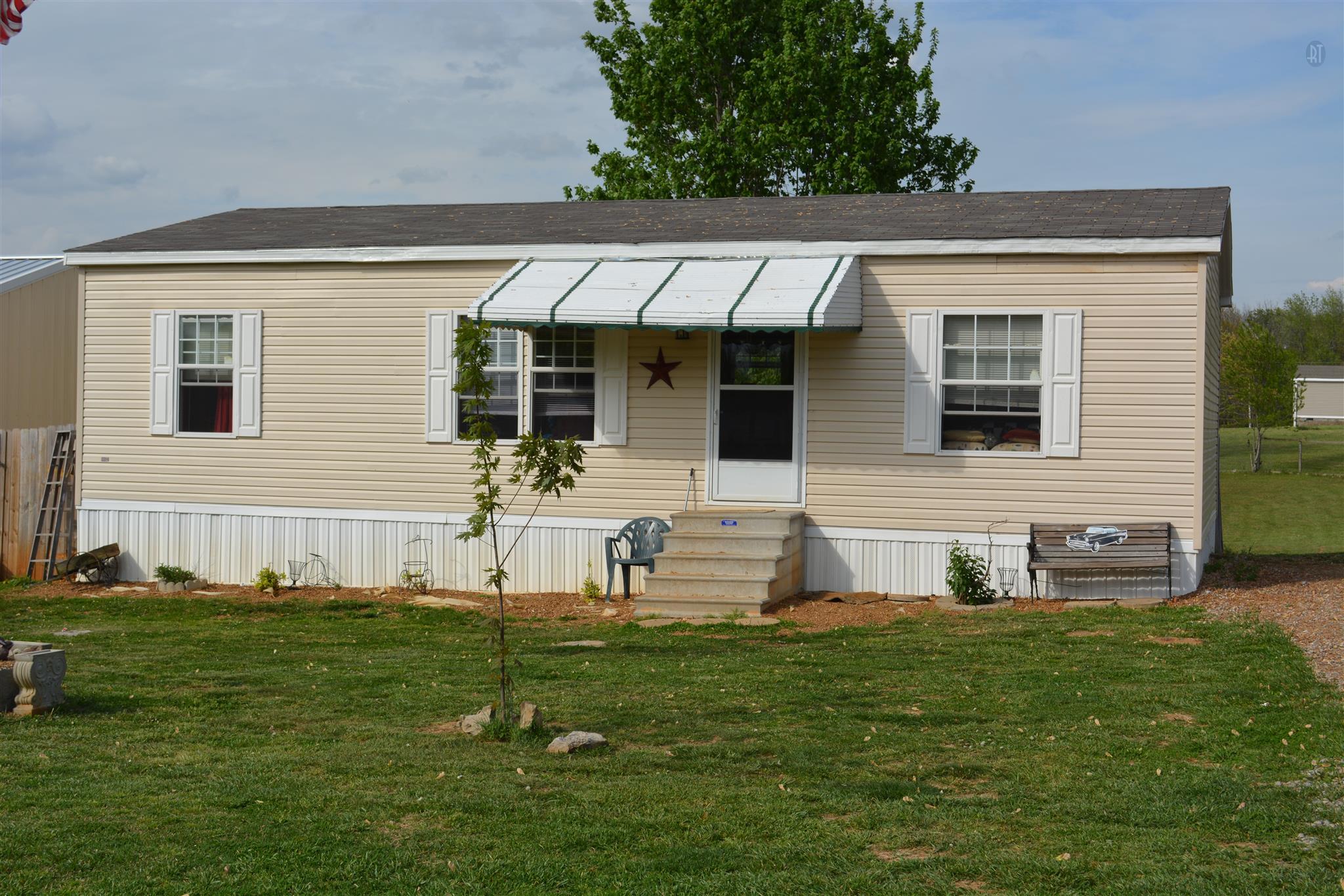 2096 Summer Ct, White House, TN 37188