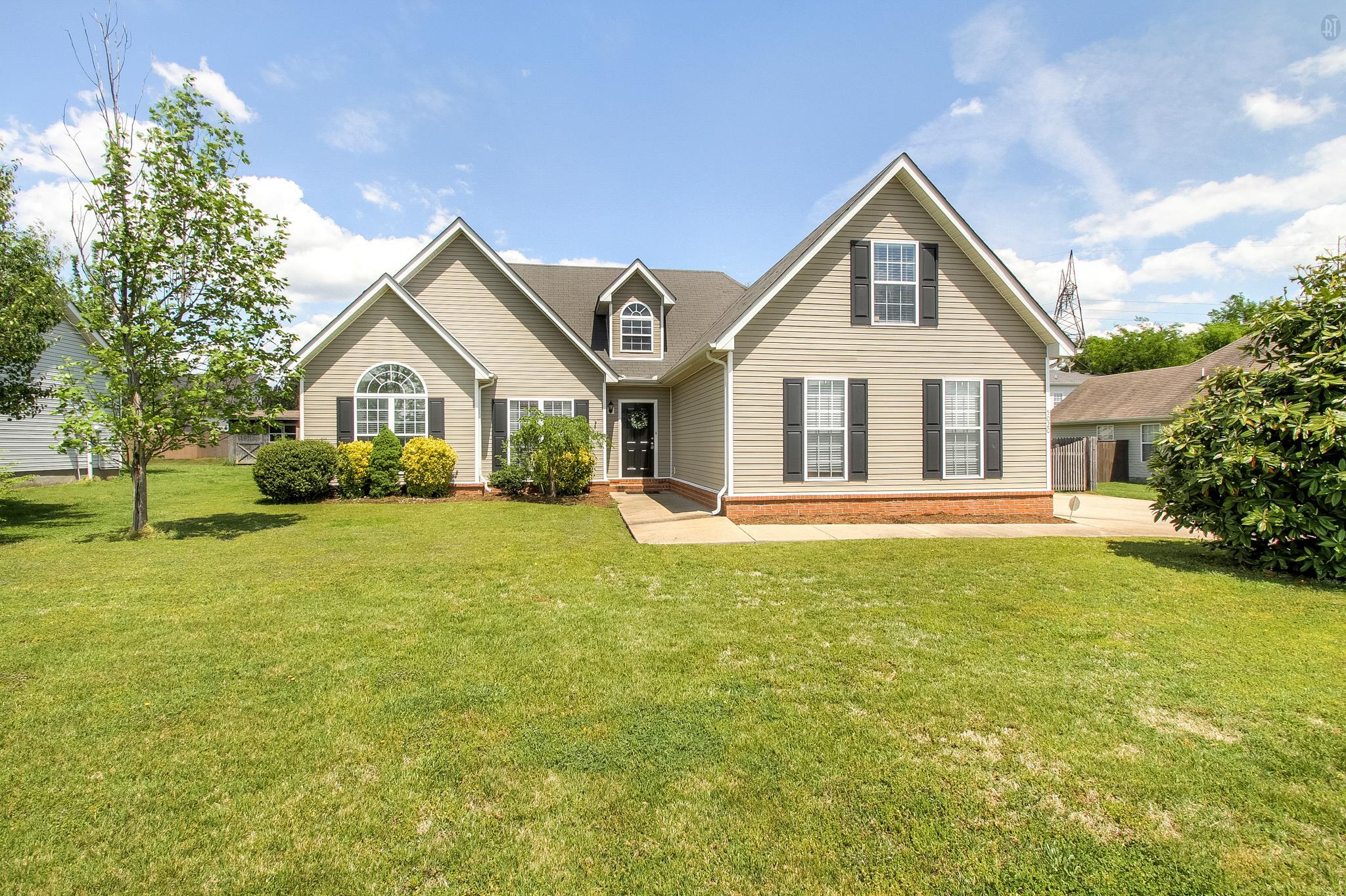 5020 Tricia Pl, Murfreesboro, TN 37129