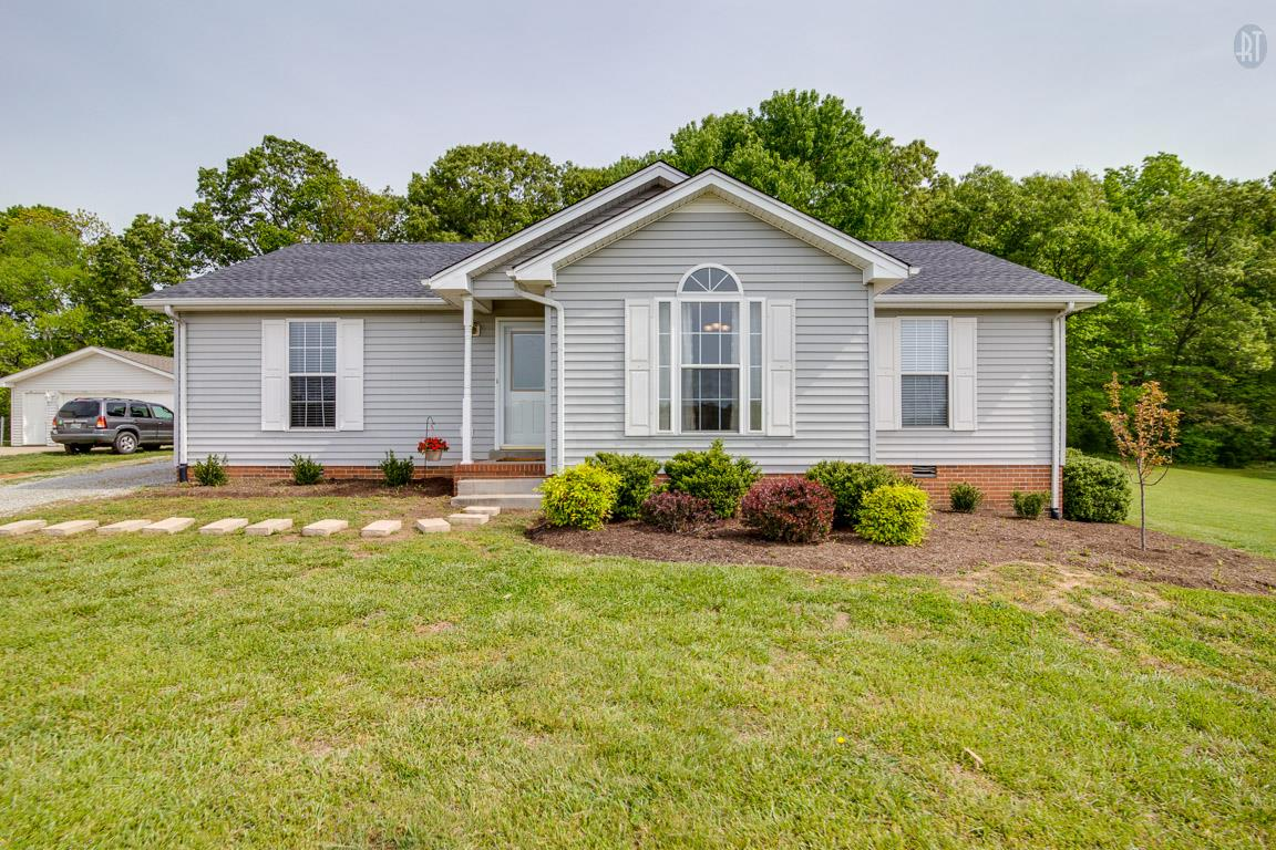 3064 E Stone Creek Trl, Greenbrier, TN 37073