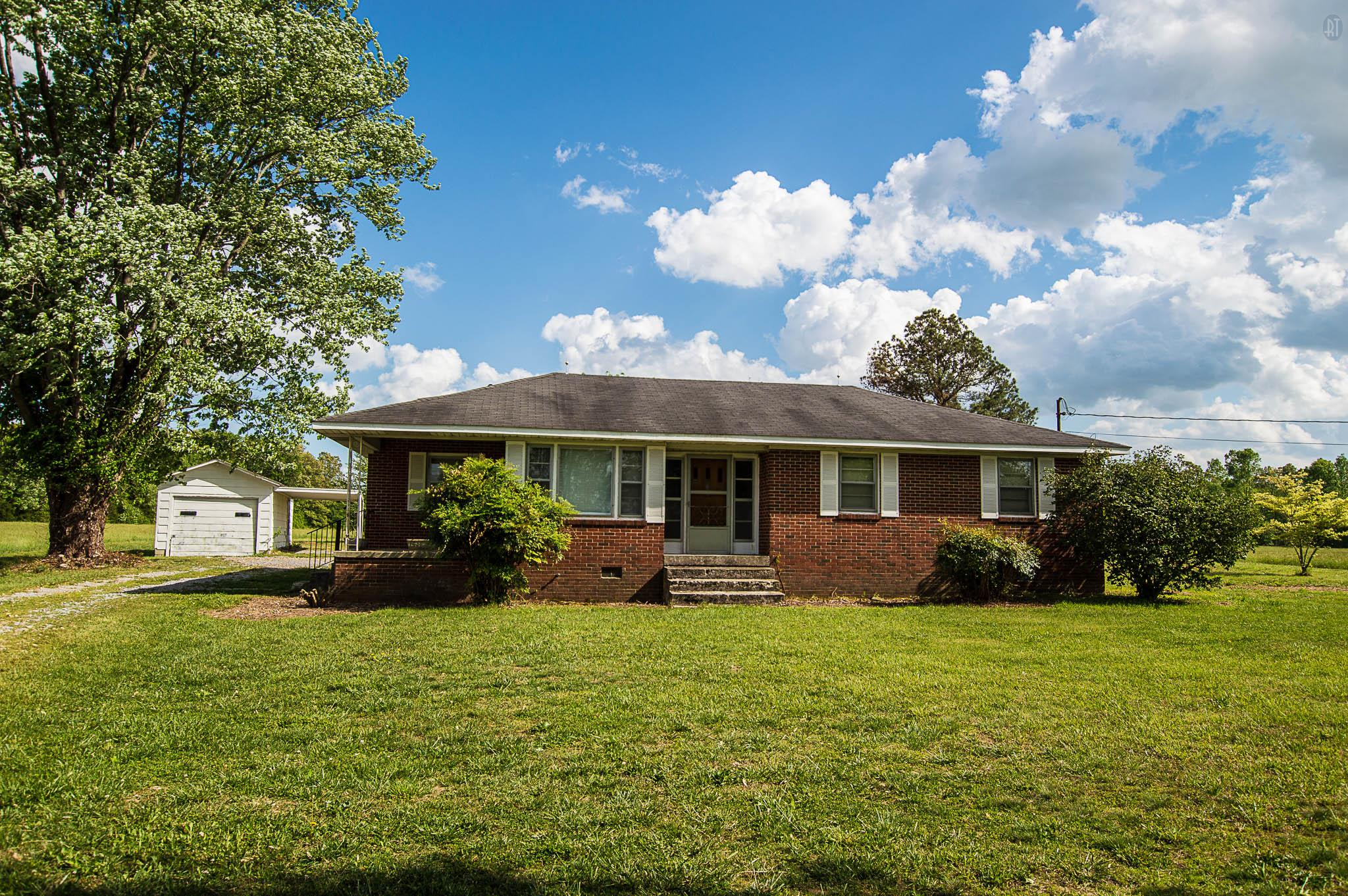 Photo of 1010 Center Hill Rd  Woodbury  TN