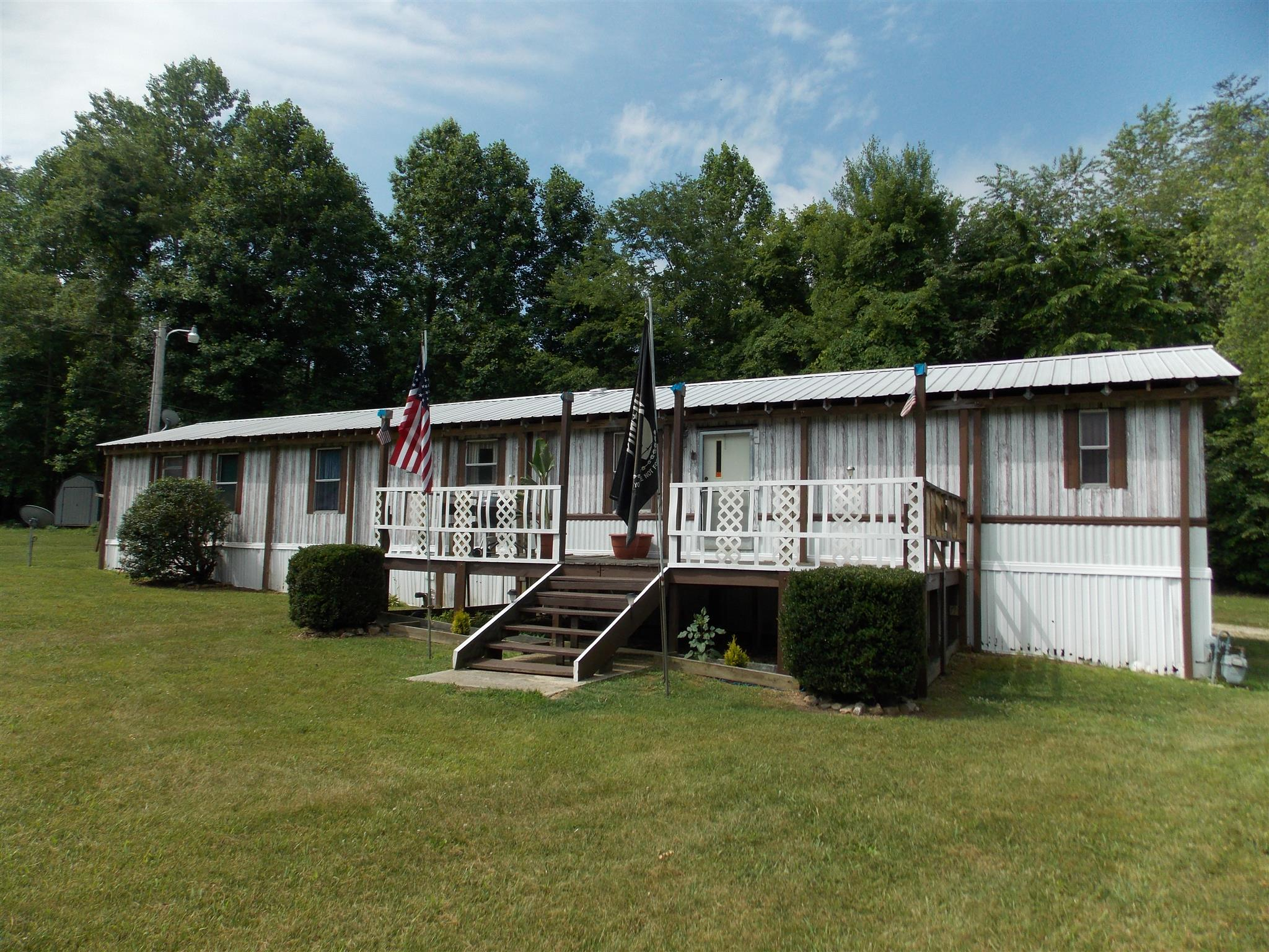 Photo of 125 Paw Paw Rd  Linden  TN