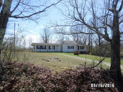 2175 Ayers Rd, Collinwood, TN 38450