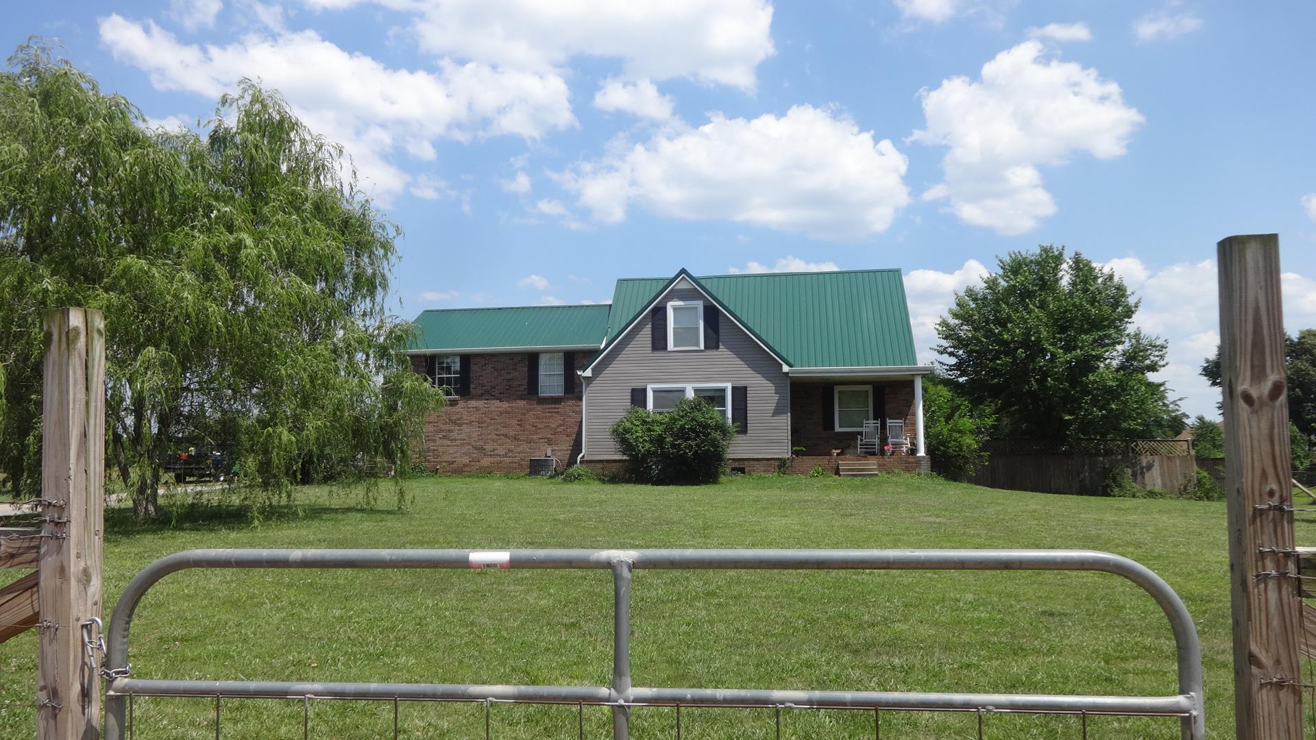 4545 Barfield Crescent Rd, Murfreesboro, TN 37128