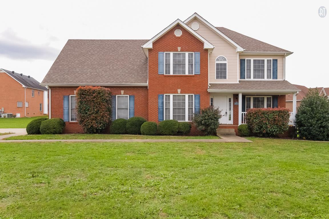 1147 Thornberry Dr, Clarksville, TN 37043