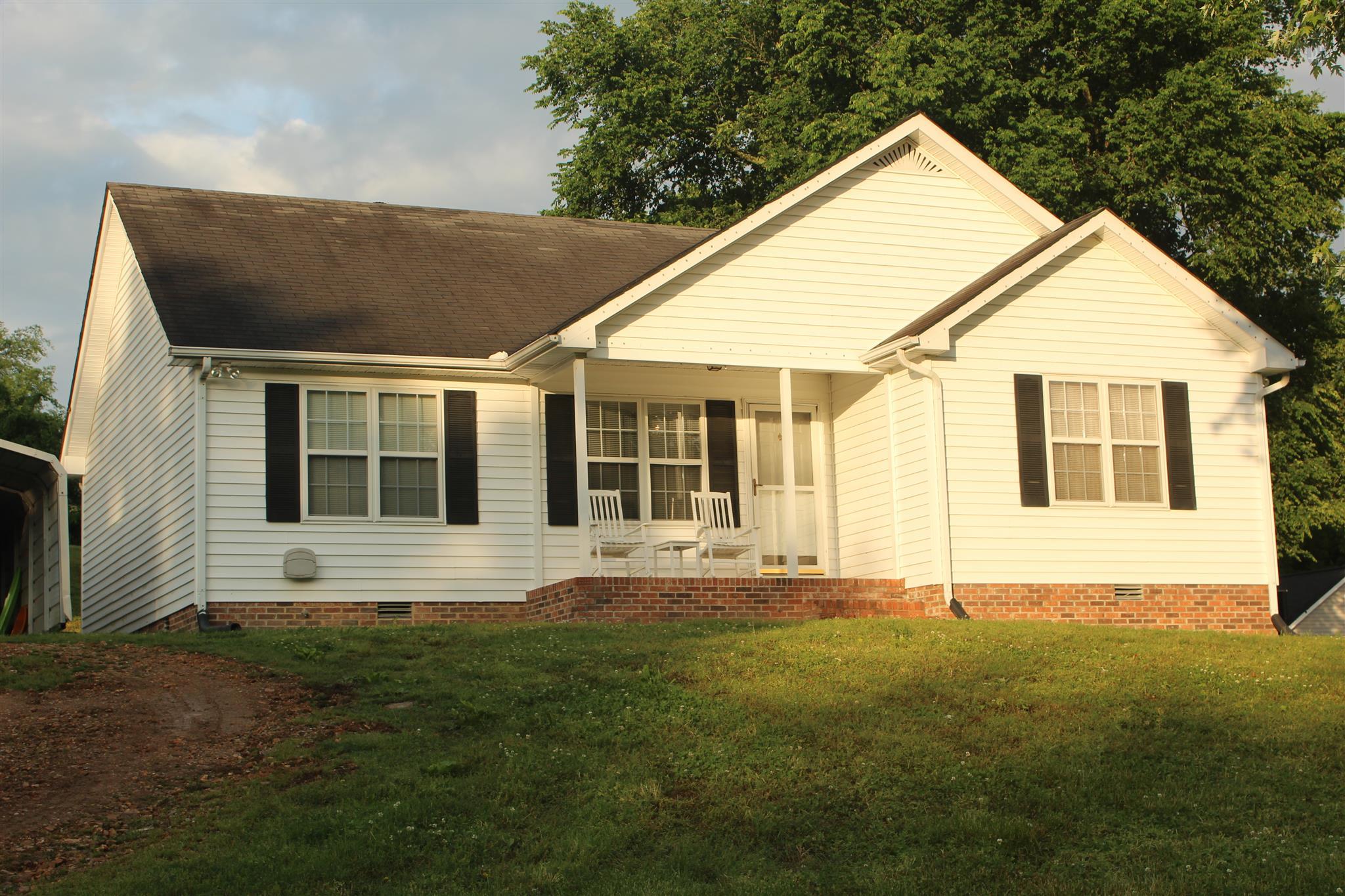 485 Herod Ln, Hartsville, TN 37074