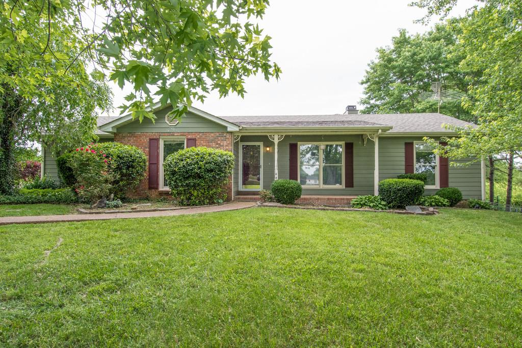 4402 Brownstone Dr, Cross Plains, TN 37049