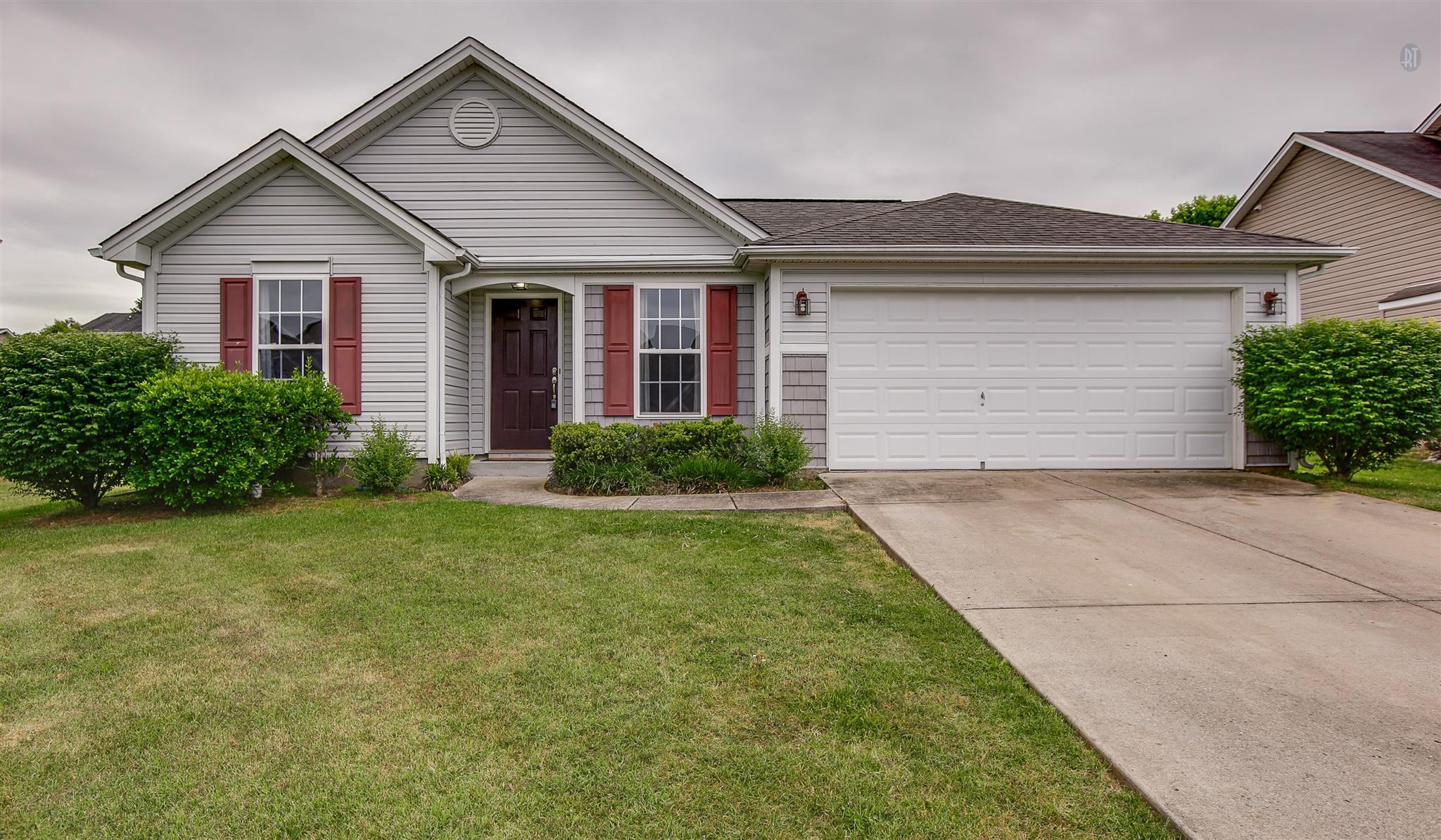 422 Creekside Ln, Spring Hill, TN 37174