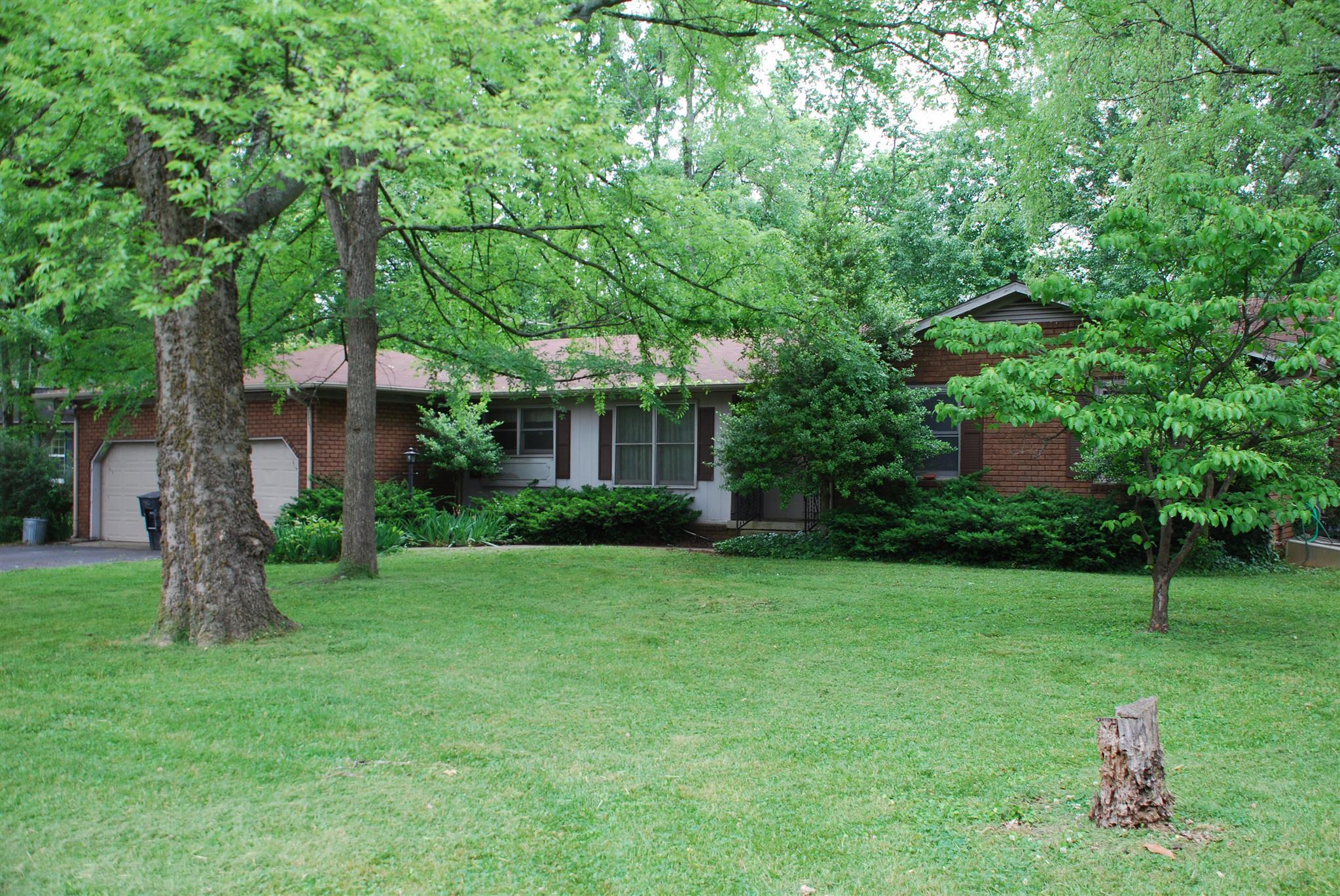1406 Ivy Ct, Murfreesboro, TN 37130