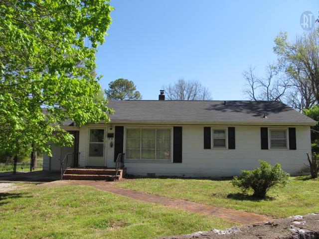 717 W 9th St, Columbia, TN 38401
