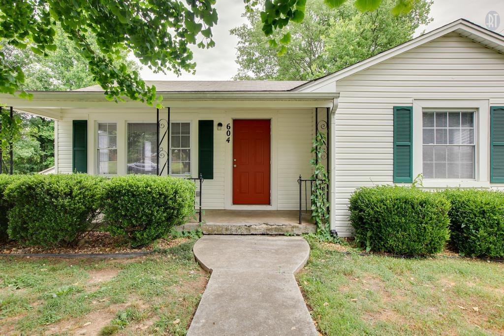 604 Fleming St, Columbia, TN 38401