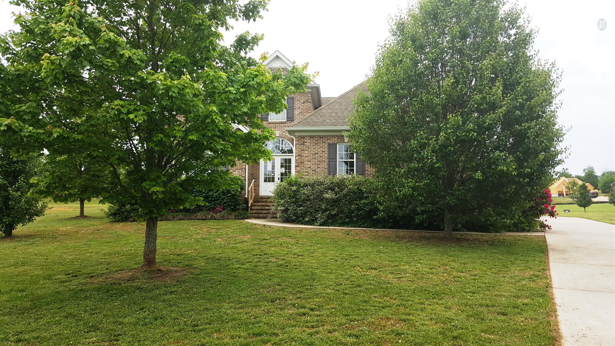 103 Waycross Dr, Shelbyville, TN 37160