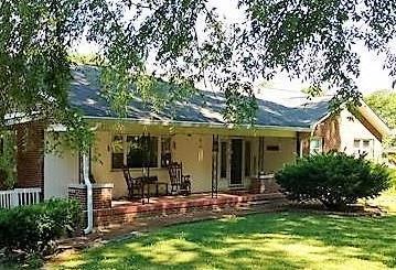 403 Oakwood Dr, Columbia, TN 38401