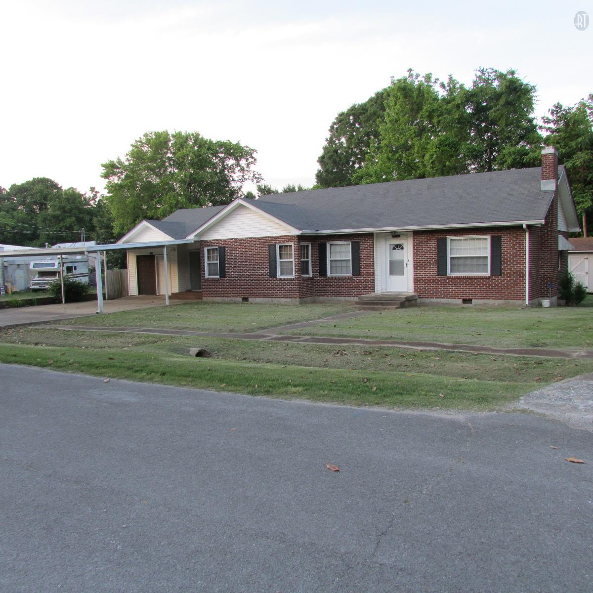 4109 Church St, Hampshire, TN 38461