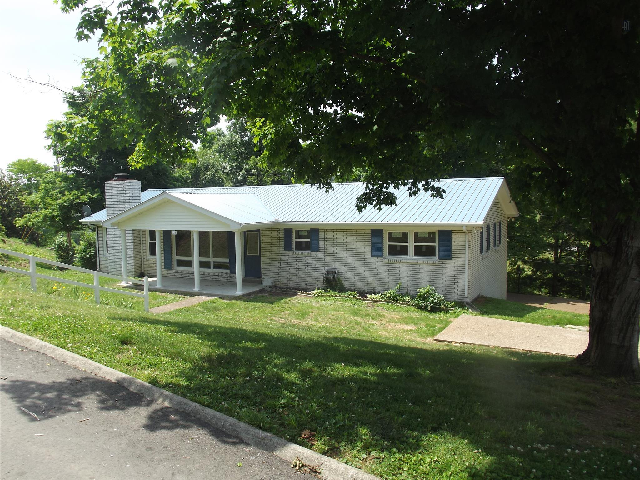 171 Hillcrest Cir, Gordonsville, TN 38563