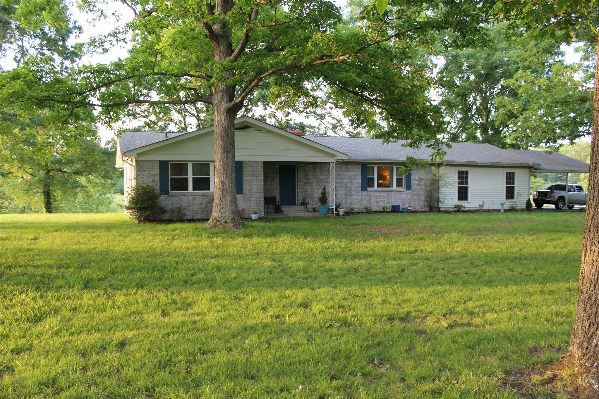 203 Rouse Rd, Dickson, TN 37055