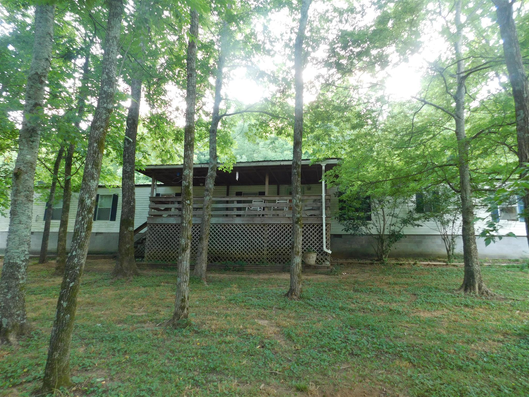 Photo of 475 Beaver View Ln  Cornersville  TN