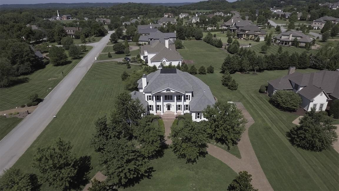 Photo of 501 Lake Valley Ct  Franklin  TN