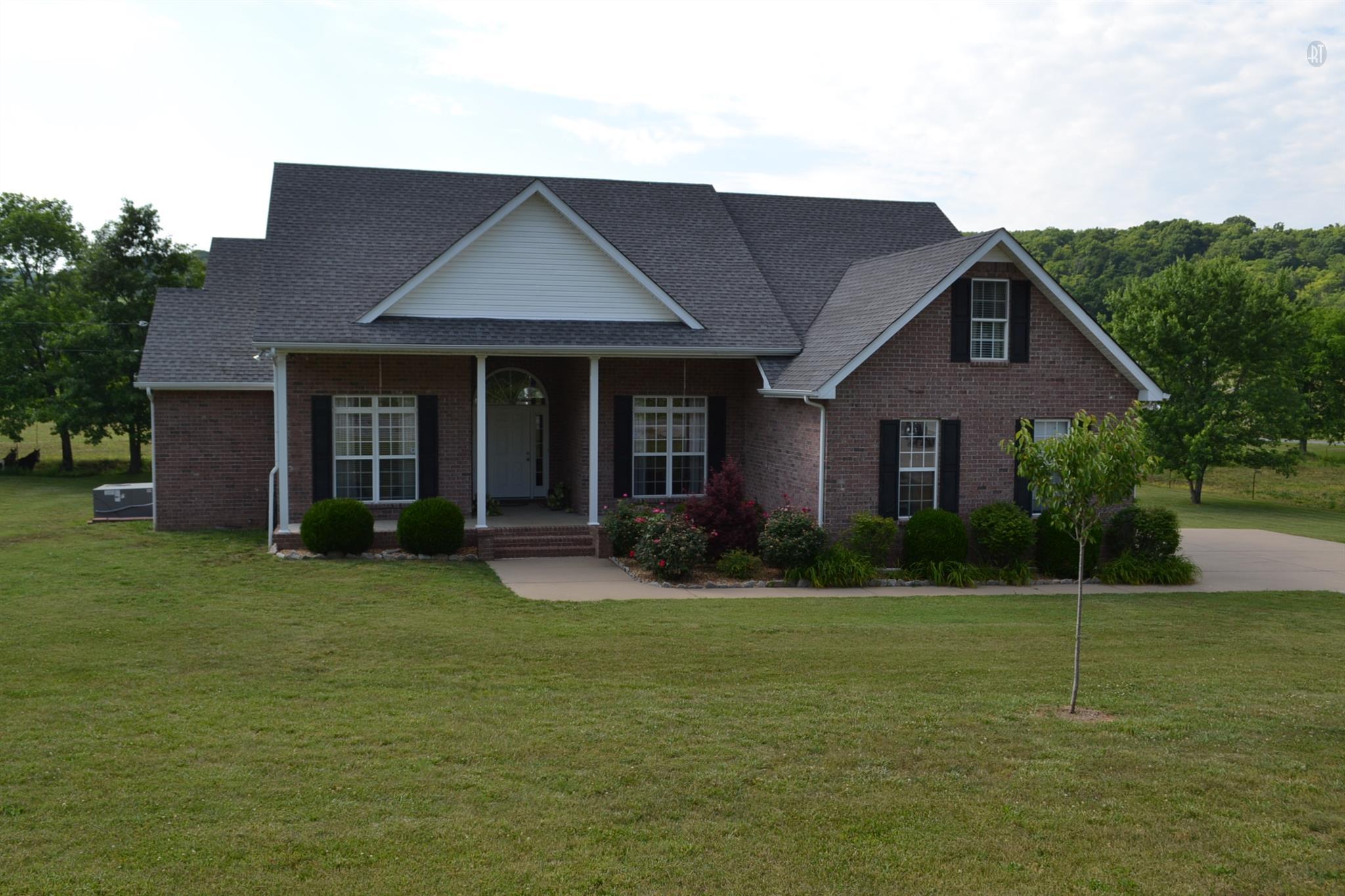555 Old Woodbury Pike, Readyville, TN 37149