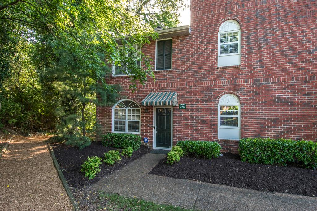 2715 Linmar Ave, Forest Hills in Davidson County County, TN 37215 Home for Sale
