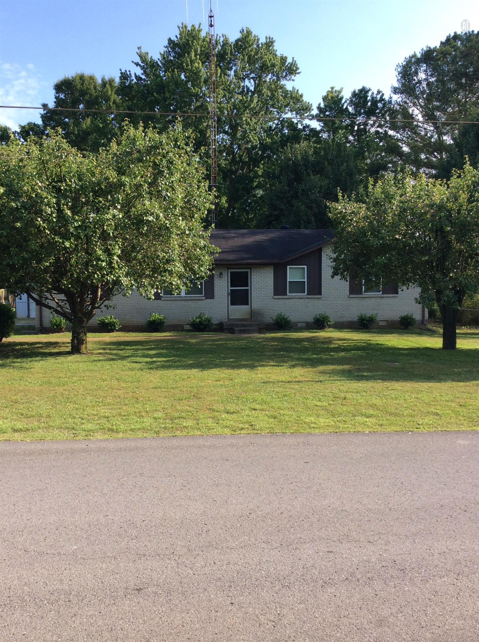 502 Roundup Rd, Smyrna, TN 37167