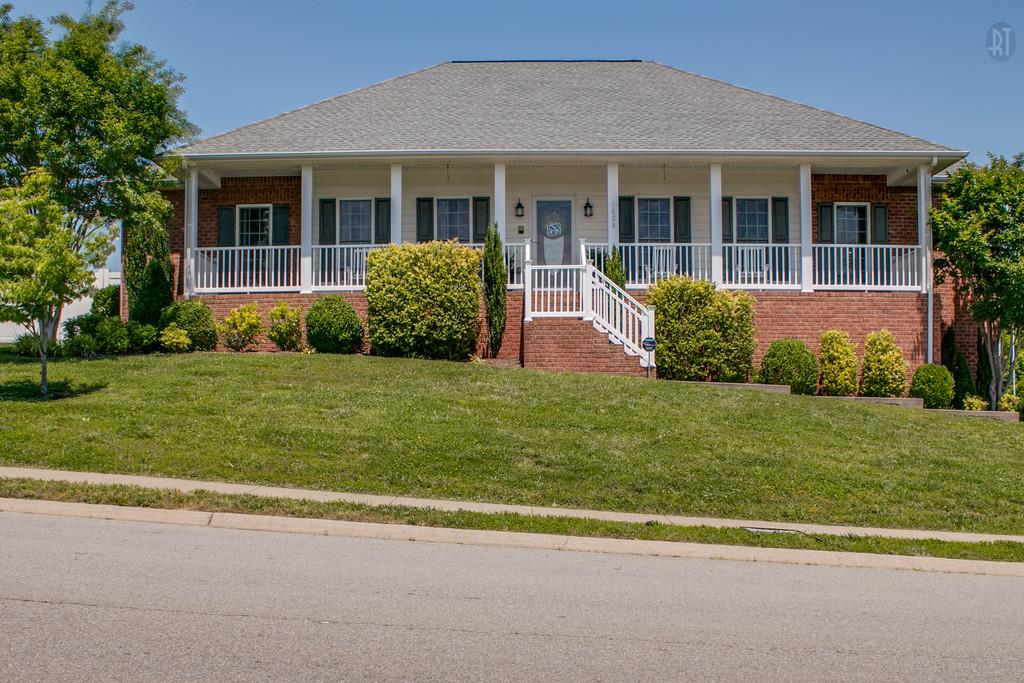 1028 Cedarmont Dr, Adams, TN 37010