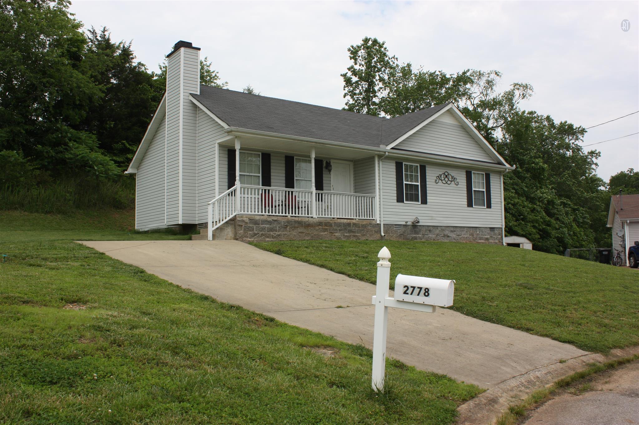 2778 Applemill Ct, Clarksville, TN 37040