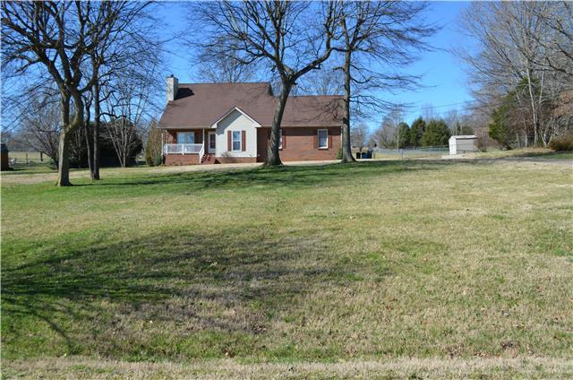 4026 Sawmill Rd, Woodlawn, TN 37191