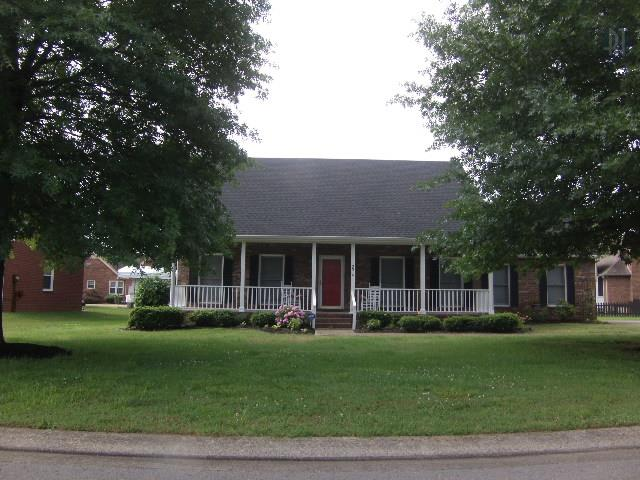 2514 Colfax Dr, Murfreesboro, TN 37129