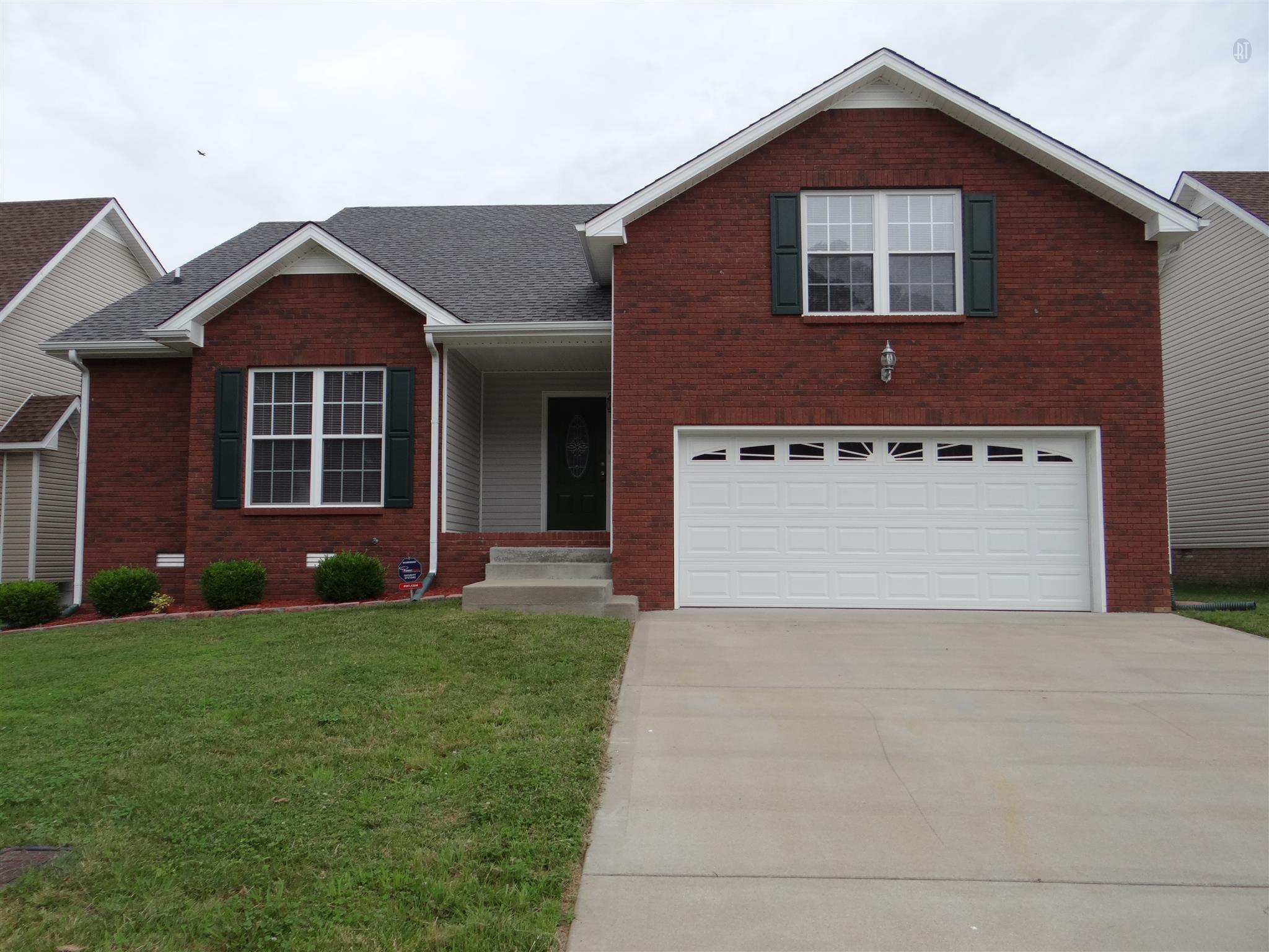 1401 Bruceton Dr, Clarksville, TN 37042