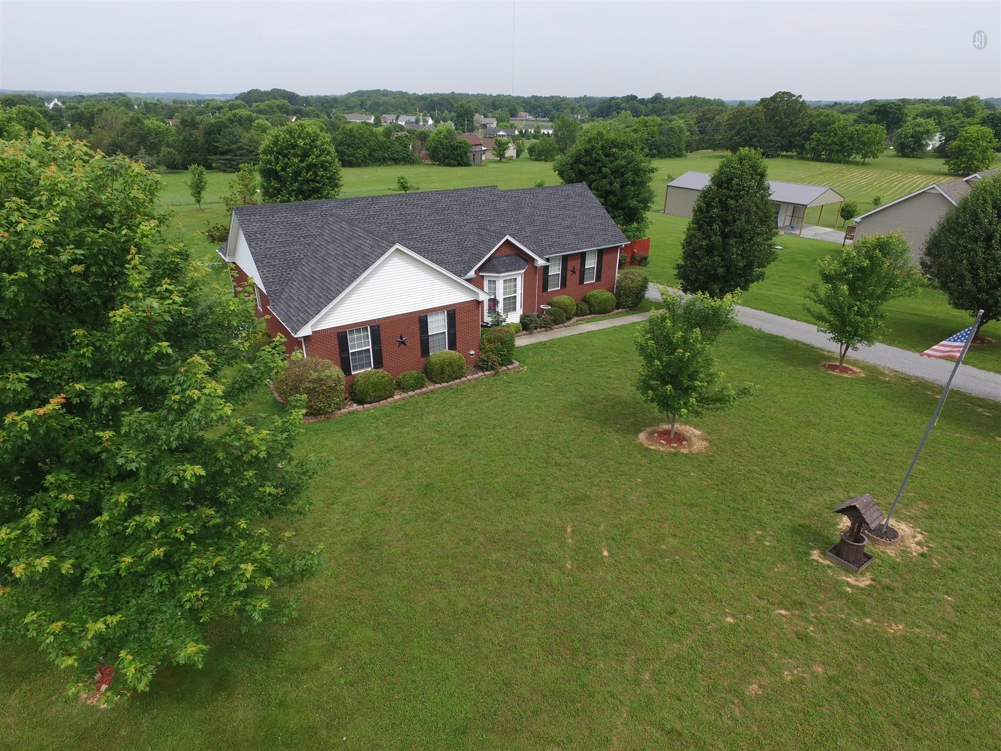 3742 Calista Rd, Cross Plains, TN 37049