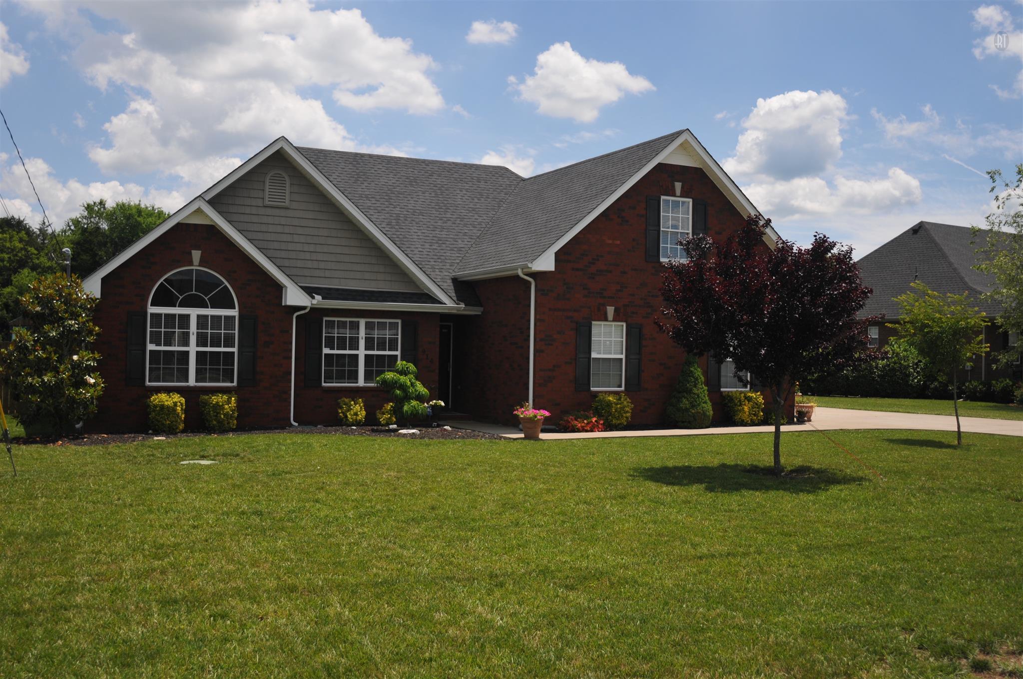 914 Nimbus Ln, Murfreesboro, TN 37127