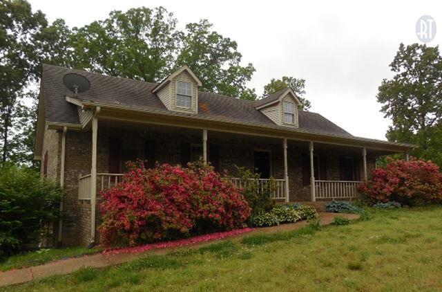 834 Conger St, Cumberland City, TN 37050