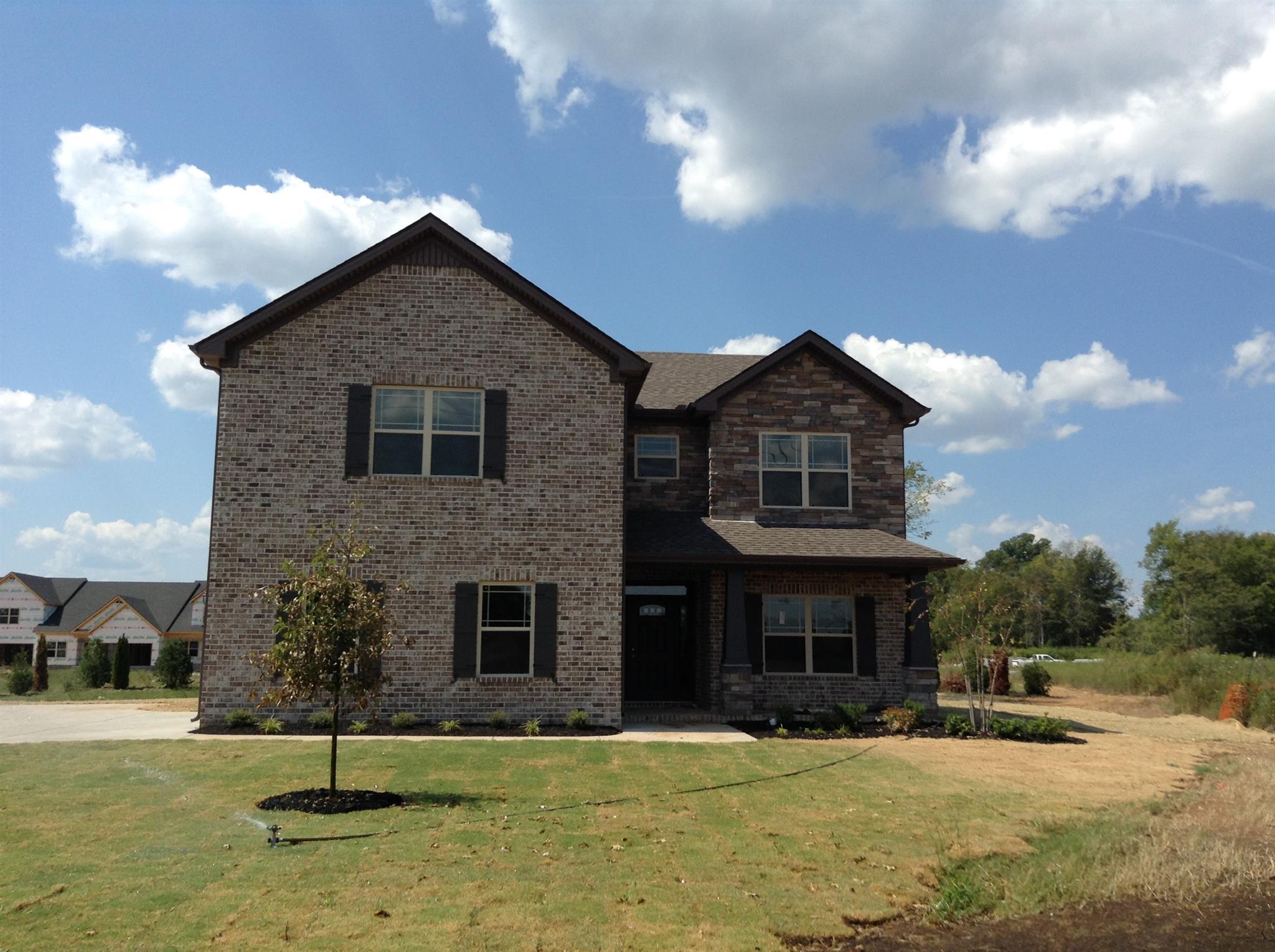 2906 Saint Andrews Dr, Murfreesboro, TN 37128