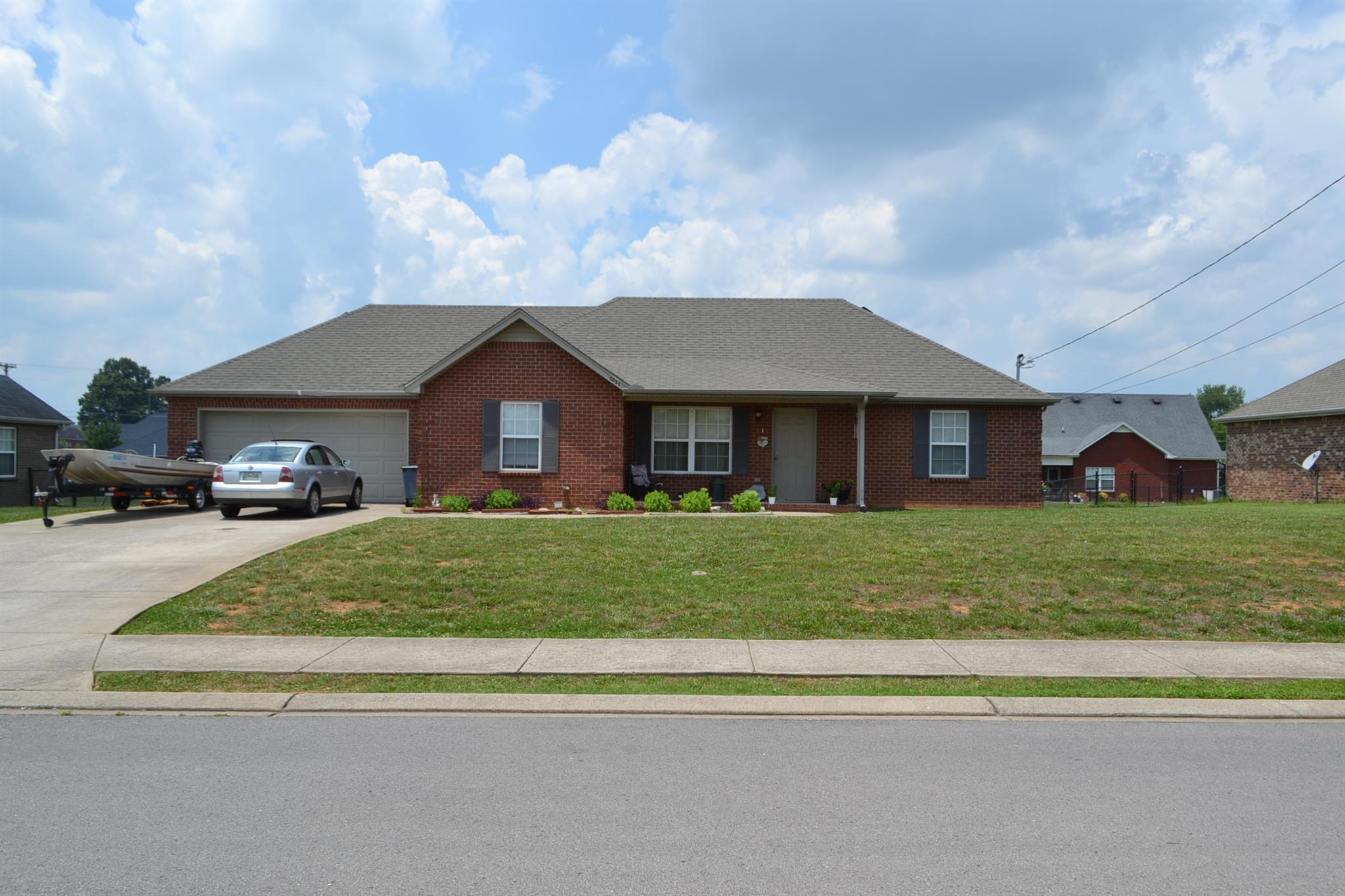 7031 Bridgewater Dr, Smyrna, TN 37167