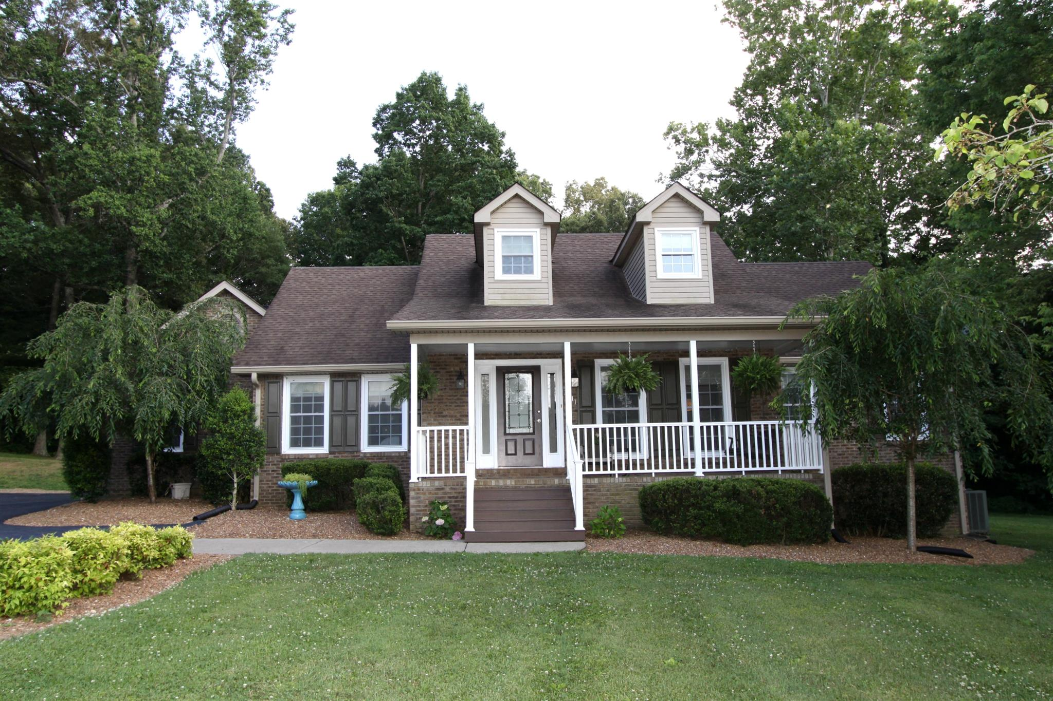 1811 Stroudville Rd, Cedar Hill, TN 37032