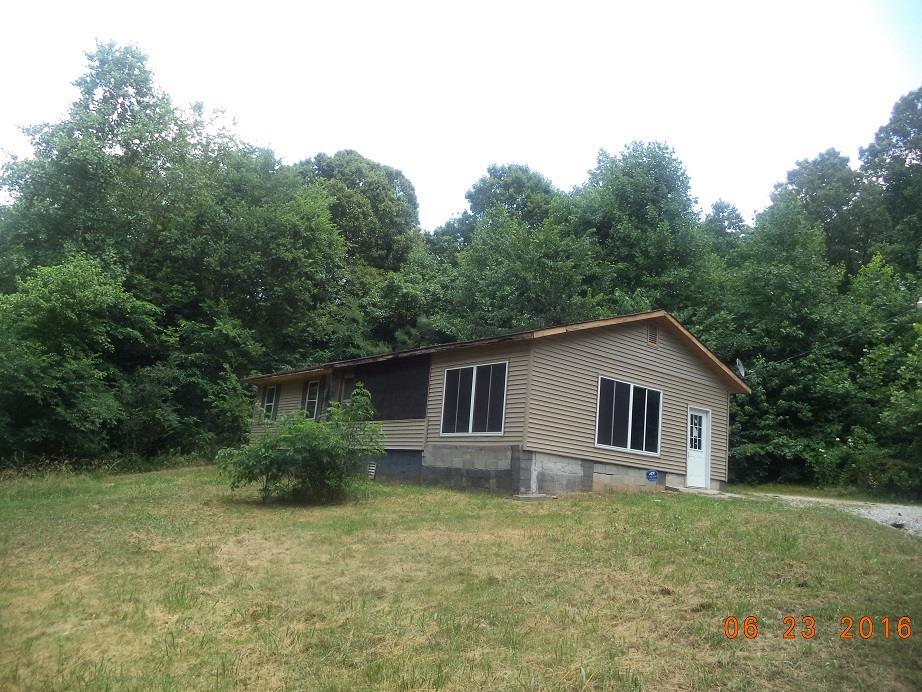 1370 Kizer Ridge Rd, Erin, TN 37061
